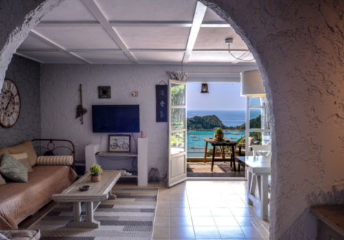 red_luxury_cottage_luxury_accommodation_sea_view_paxos