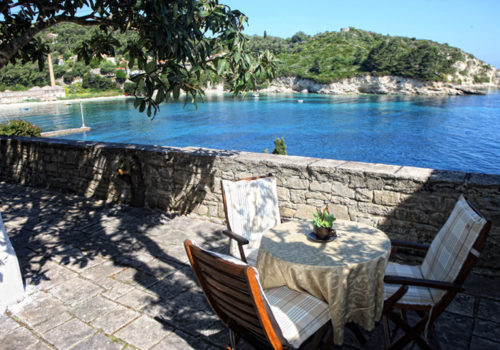 spiros_apartment_manor_house_holidays_in_loggos_paxos