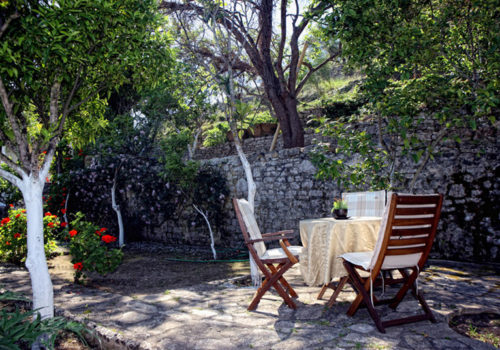 Stefanos_apartment_holidays_in_loggos_paxos